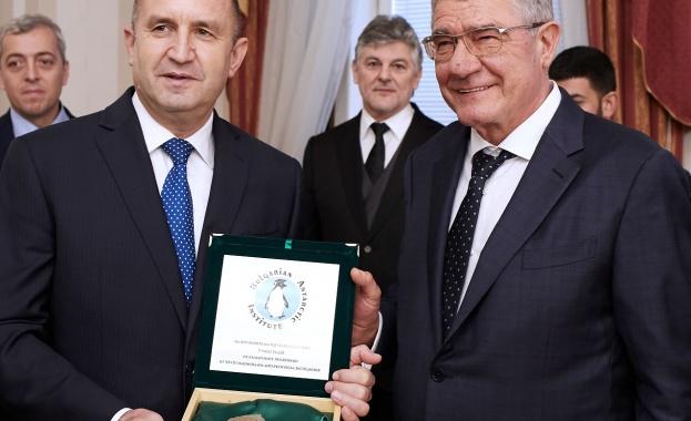 Тази година отбелязваме 30-годишното присъствие на българската наука в проучването
