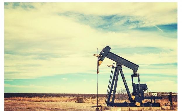 """Саудитската петролна компания """"Сауди Арамко"""" оцени цената на петрола в"""