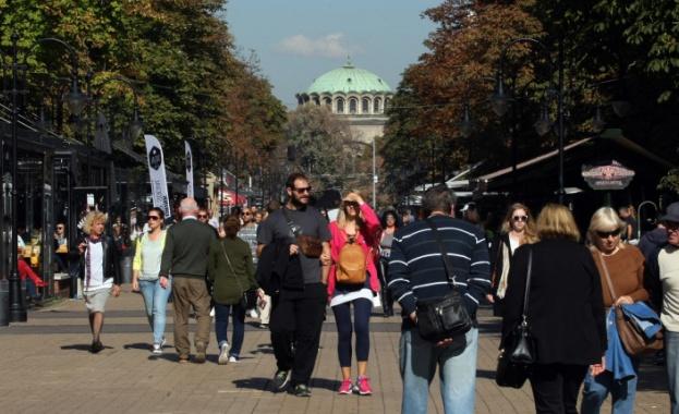 Близо 3/4 от българите споделят популярната иронична фраза от социалните
