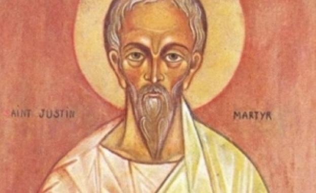 Св. Платон се родил в гр. Анкара (Мала Азия) от