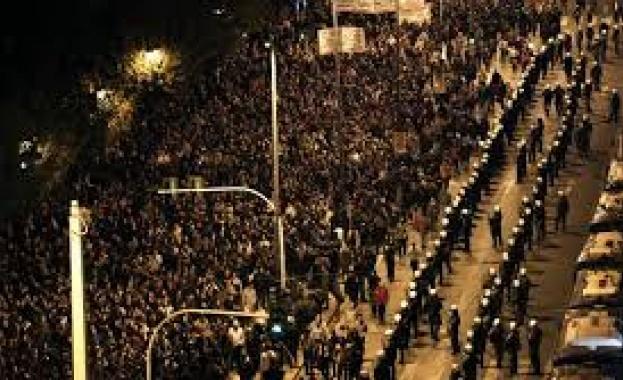 28 души бяха арестувани по време на безредиците в Атина,