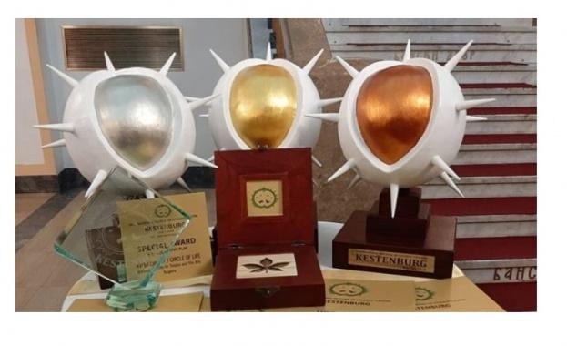 С шест награди ще се завърне класът на проф. Жени