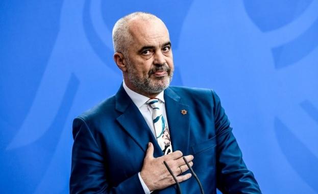 Албанският премиер Еди Рама в първата си реакция на мощно