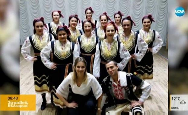 Фолклорни танцьори от Петрич за малко не се превърнаха в