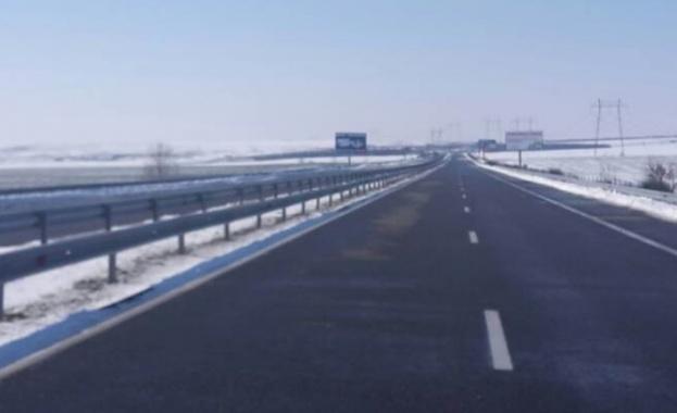 """Снимка: Възстановено е движението при км 176 на АМ """"Тракия"""" в посока Бургас"""