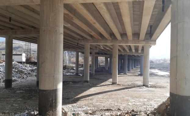 """Снимка: Горелият мост на """"Струма"""" е отворен след близо 4 месеца ремонт"""