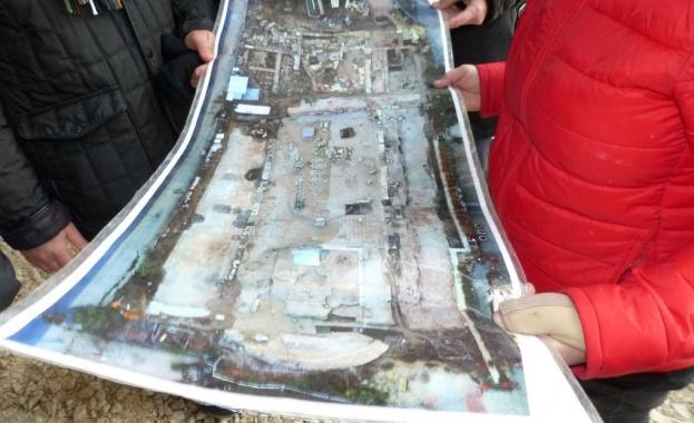 Нови пластове мозайки излязоха в последните няколко дни, при археологически