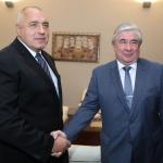 Премиерът на среща с посланик Макаров: С Русия водим равнопоставен диалог