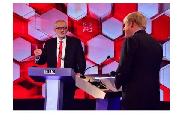 Във Великобритания лидерът на Консервативната партия и премиер на страната