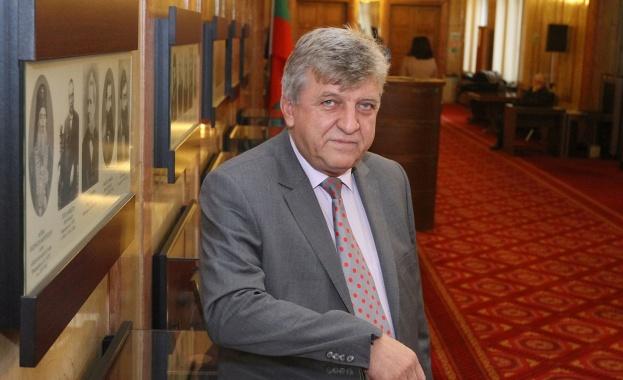 Манол Генов: Властта превърна в удобна дъвка реформата във водния сектор