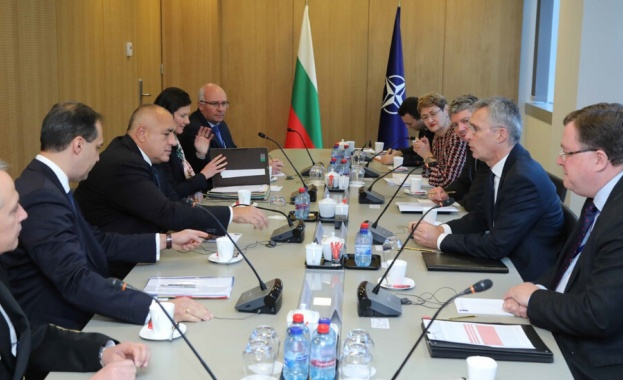 Столтенберг: България предложи създаване на координационен център на НАТО във Варна