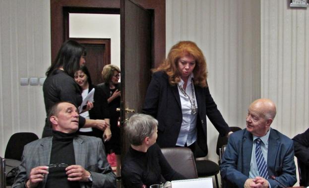На заключителното за годината заседание Съветът за работа с българите