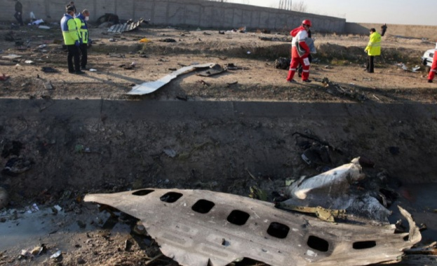 """Няма оцелели при катастрофата на украински """"Боинг 737"""