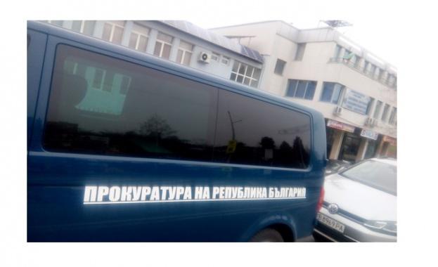 Прокурори влязоха в Басейнова дирекция - Благоевград