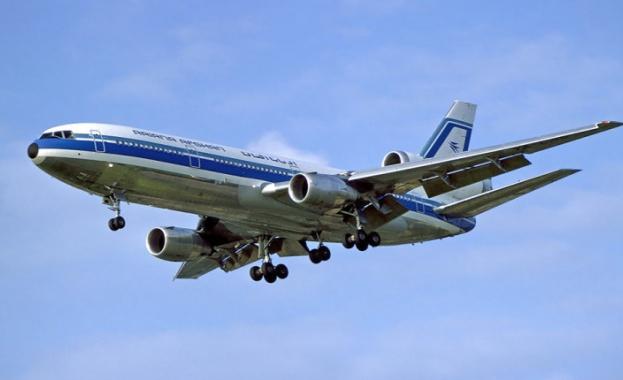 Самолет на Ariana Afghan Airlines се е разбил в провинция