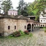Отслужват молебен за дъжд в Троянския манастир