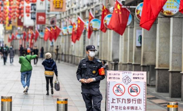 Броят на жертвите на коронавируса в Китай достигна 361 души,