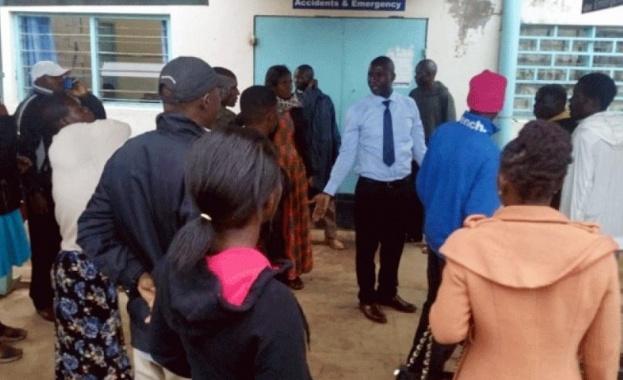 Най-малко 13 ученици са загинали, стъпкани от други деца в