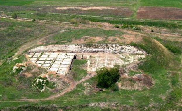 При разкопките са намерени златни украшения на над 6000 години,