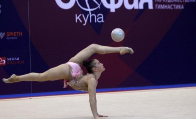 Татяна Воложанина се класира за финала на топка на турнира