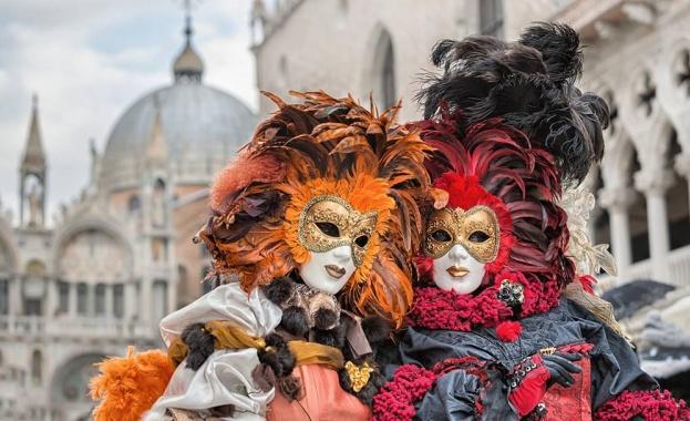 Карнавалът във Венеция - феерия от цветове