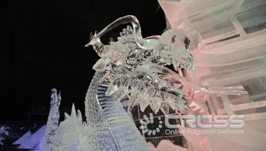 Фестивал на ледените скулптури ICE FANTASY-2019 в Санкт Петербург