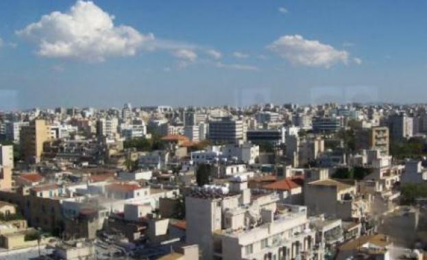 Кипър очаква туристите през август да бъдат пет пъти по-малко