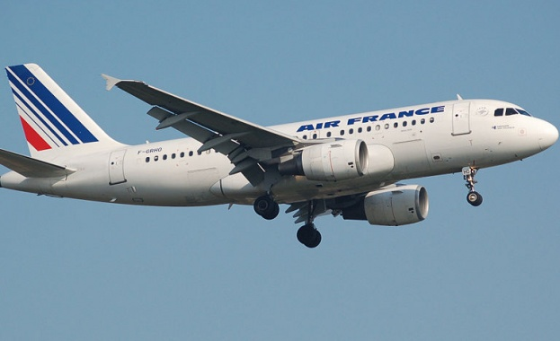 Самолетният превозвач Air France-KLM води преговори с банки за получаване