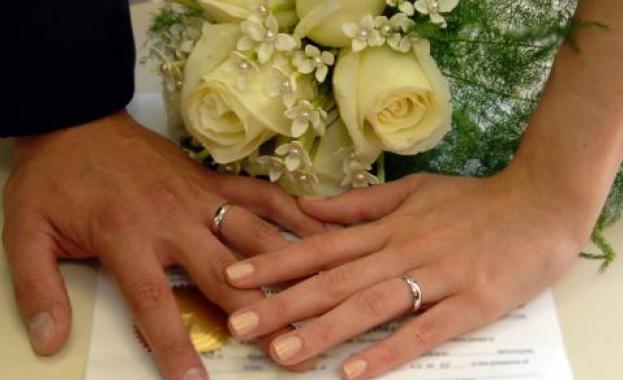 Двойки от цял свят честват Седмицата на брака