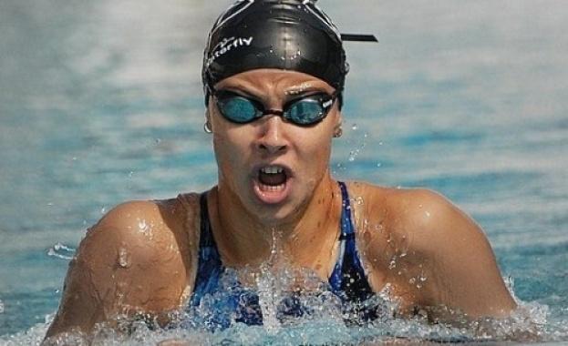Екатерина Аврамова счупи националния си рекорд на 100 м гръб