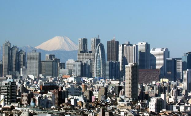 За първи път над 8000 новозаразени с COVID-19 за ден в Япония