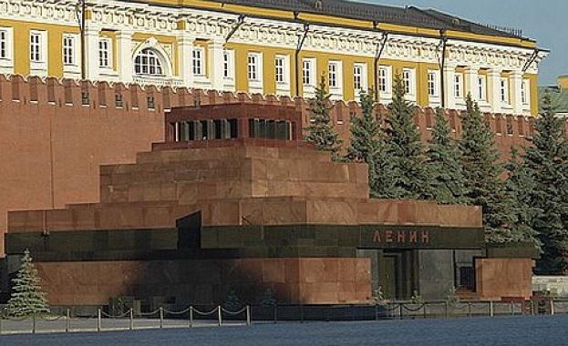 COVID-19 затвори за посетители мавзолея на Ленин
