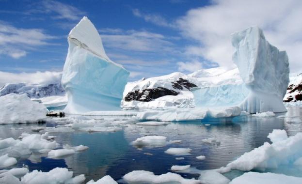 Земята губи лед с рекордни и увеличаващи се темпове, предаде
