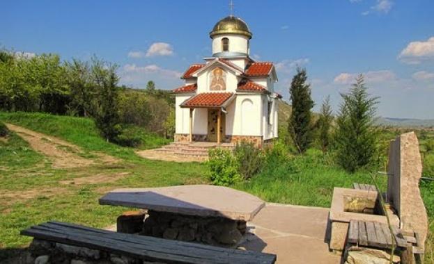 Св. мъченик Лукилиан до старост бил идолски жрец. Но Господ