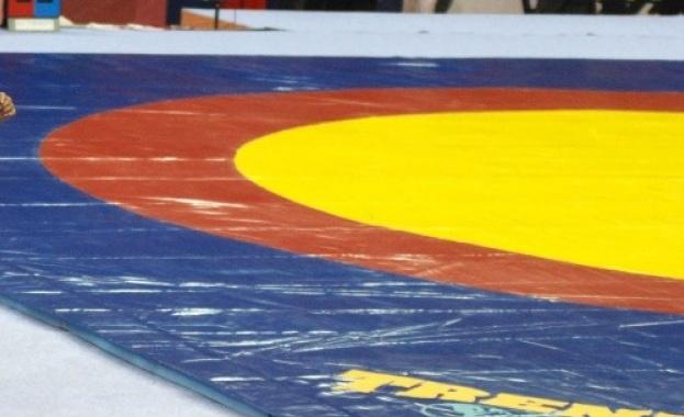 Юлияна Янева остана със сребърен медал в категория до 72