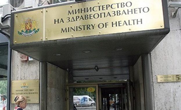 Министърът на здравеопазването Костадин Ангелов назначи проверки в две здравни