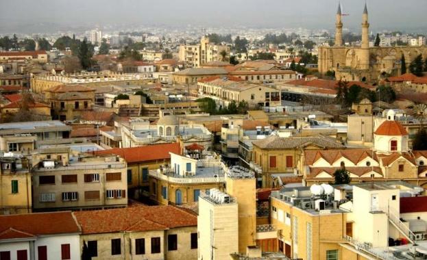 Кипър ще заплати цялата почивка на чужденци, които се заразят