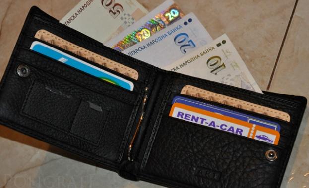 Статистиката отчете 1 253 лева средна заплата за юни