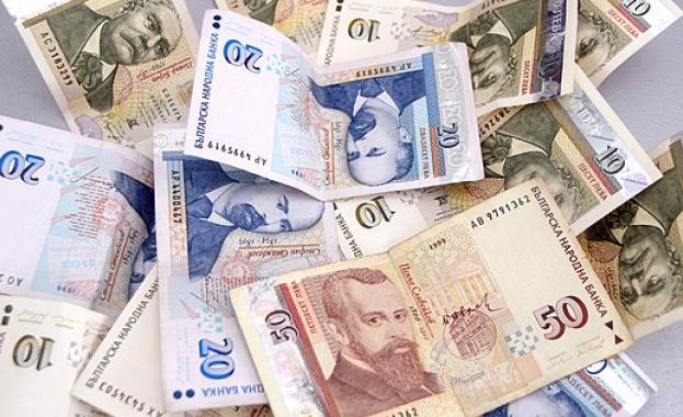 Анализатори прогнозират ръст на заплатите през 2020 г.