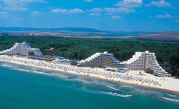 """Шефът на """"Албена"""": Юли и август ще има туризъм в България"""