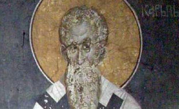 Св. мъченик Созонт живял през трети век. Родил се в