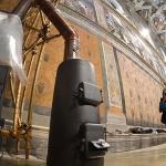 Папата няма да кръщава бебета в Сикстинската капела тази година