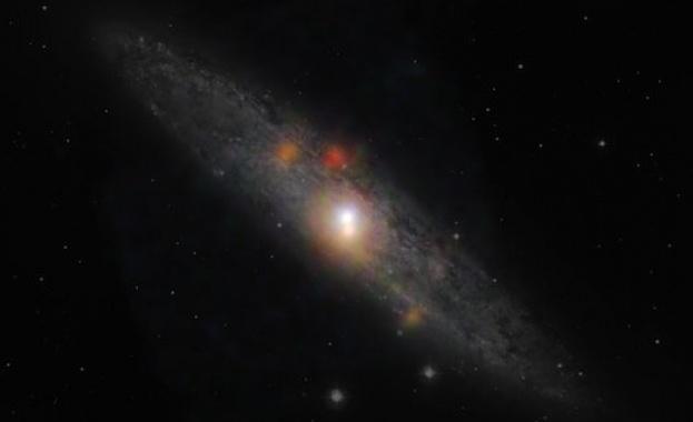 Звезда, орбитираща около масивна черна дупка, подкрепи теорията на Айнщайн