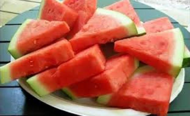 Днес не се ядат червени плодове