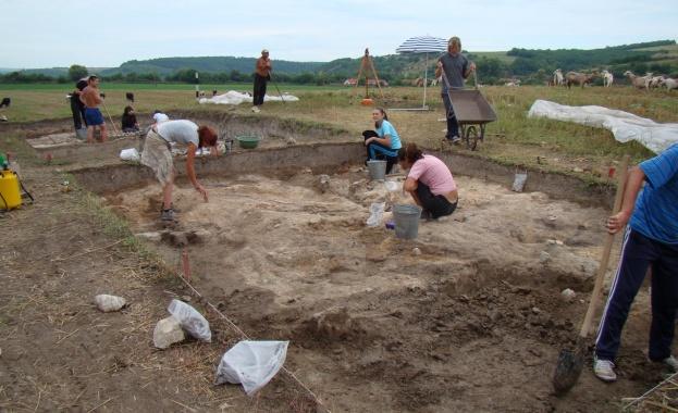 Близо 2 млн. лв. ще бъдат инвестирани в археологически проучвания