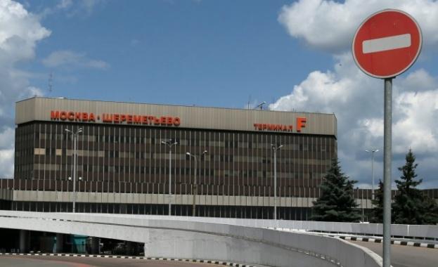 """В Москва възобновява работа международният терминал на летище """"Шереметиево"""", а"""