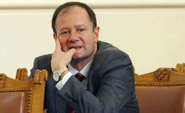 Миков: Махаме тюркския произход на българите от сайтовете на държавата