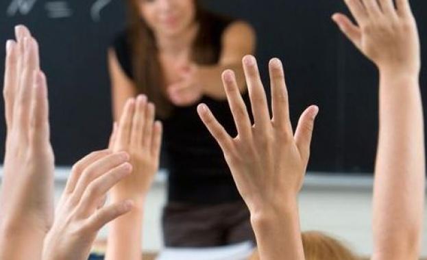 Учители и медицински сестри – най-търсените професии у нас след 15 години