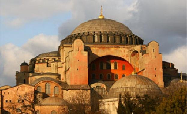 Проправителствени медии в Турция съобщават, че Държавният съвет единодушно е