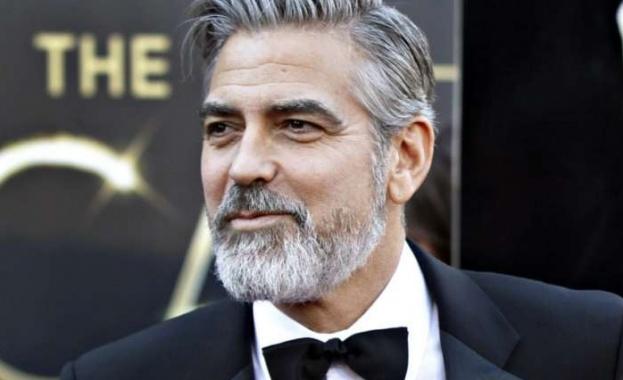 Холивудският актьор, режисьор, продуцент и активист Джордж Клуни заклейми расизма